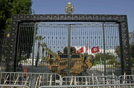 الخارجية الأمريكية: نراقب عن كثب الوضع في تونس