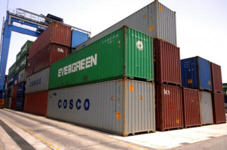 تحقيق يكشف عن تَكدُّس حاويات تتبع لوزارة الصحة بميناء بورتسودان منذ ديسمبر الماضي